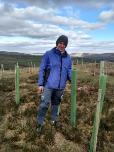 Charlie_planting_trees_with_Treesponsibility_above_Gorpley